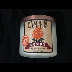 Bath and Body Works Campfire Donut 3-Wick Candle